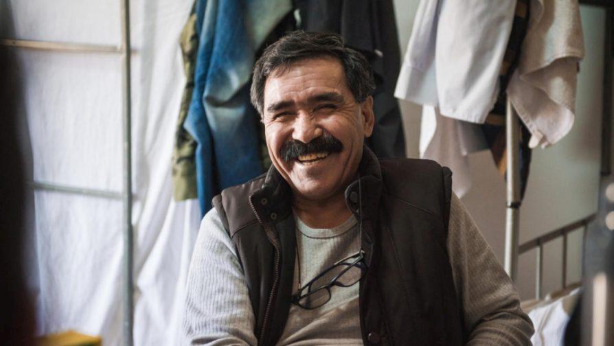 Forçados a deixar a Síria, refugiados afegãos se mudam para a Romênia
