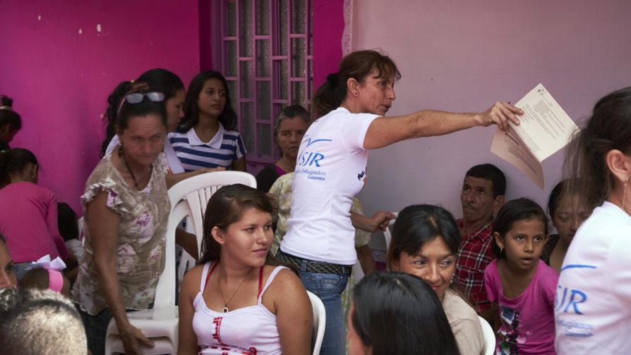 Colombiana abre as portas de sua casa para venezuelanos