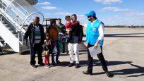 Mais de 270 venezuelanos devem ser transferidos a seis cidades nesta semana