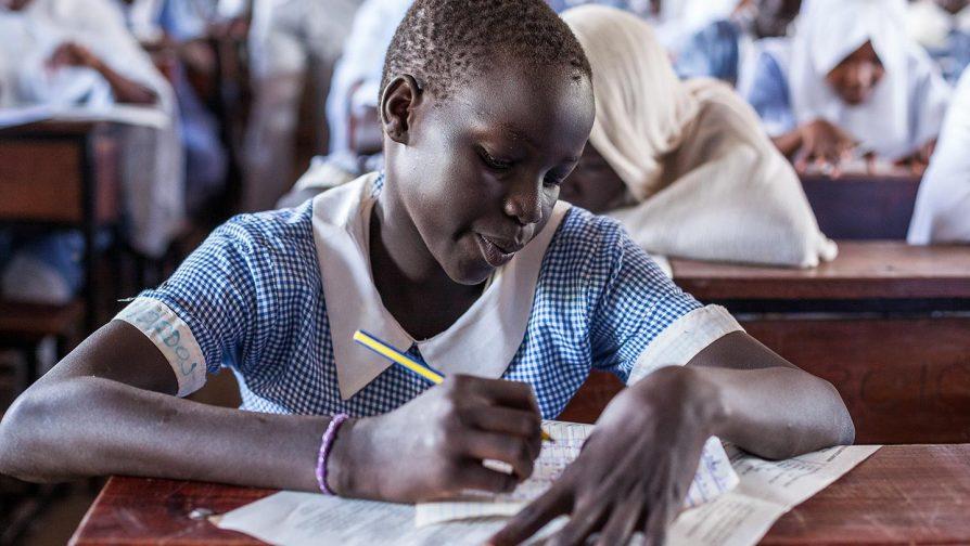 Por que educar meninas refugiadas?