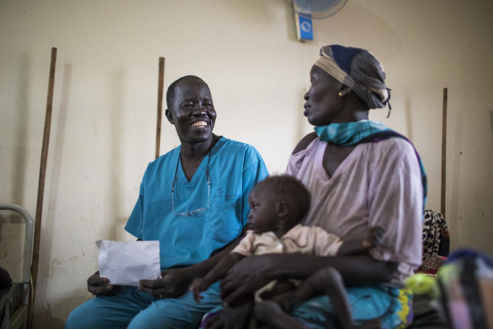 Resultado de imagem para Em hospital do Sudão do Sul, cirurgião supera adversidades para ajudar quem mais precisa