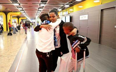 Eritreus menores de idade reencontram a mãe após odisséia de oito anos