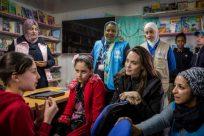 Angelina Jolie faz declaração sobre oito anos da crise na Síria