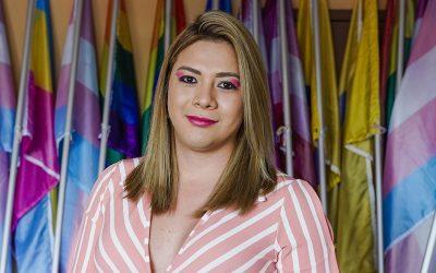 Mulher trans desafia perigos e lidera a luta pelos direitos LGBTI em El Salvador
