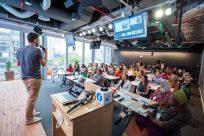 Educação Financeira é tema do último workshop do Projeto Empoderando Refugiadas em 2019