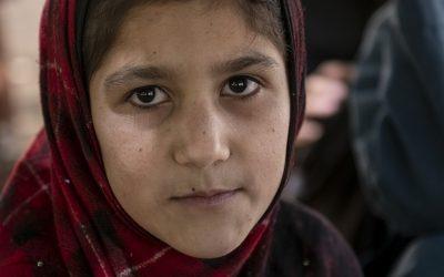 Nova escola enche estudantes afegãs de esperança