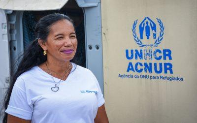 Venezuelana atua no combate ao coronavírus em abrigo para refugiados no Brasil
