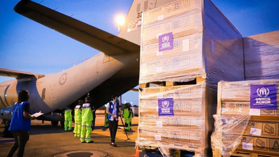 Dois aviões da Força Aérea do Peru estiveram em Manaus para o transporte 48 Unidades de Habitação Emergencial