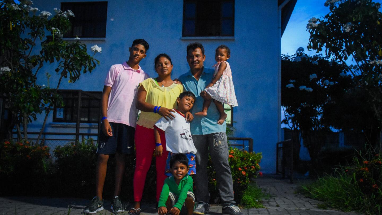 Robin and Yenifer at Aldeias Infantis shelter in Igarassu (Pernambuco state, northeast Brazil)
