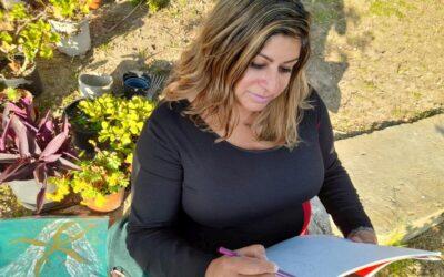 Artista promove criatividade por meio de comunidade online para mulheres refugiadas