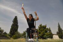 Primeira atleta mulher da Equipe Paralímpica de Refugiados faz sua estreia hoje nos Jogos de Tóquio