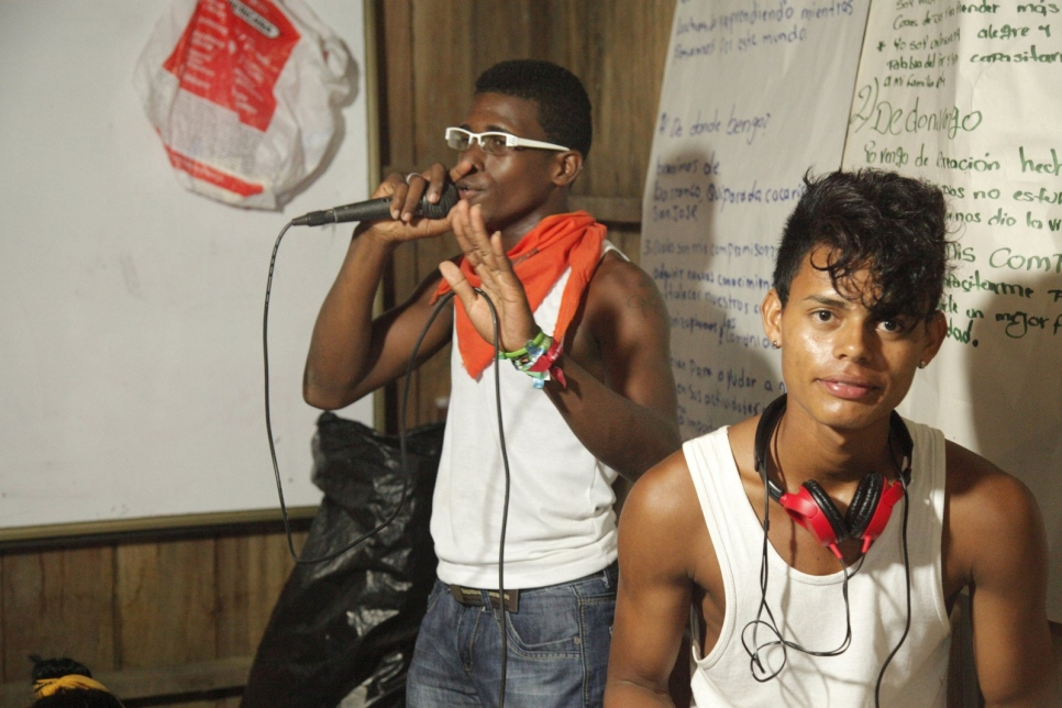 Jóvenes afro, indígenas y mestizos forman parte activa de la Escuela.