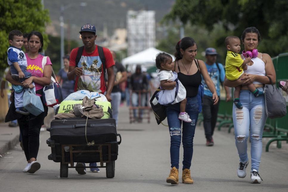 Resultado de imagen para acnur compara migracion de venezolanos con refugiados sirios en el mundo