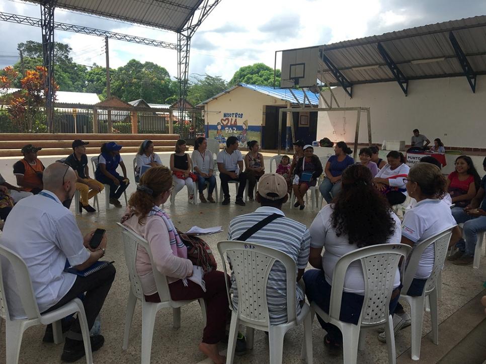 """""""Este programa realmente hace una gran diferencia en la vida de estas comunidades, especialmente en esos lugares donde hay concentración de desplazados internos"""", resaltó Jozef Merkx, representante de ACNUR en Colombia."""