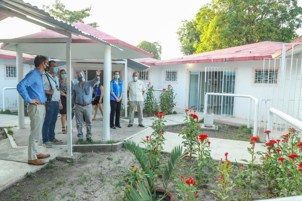 Representantes de ACNUR, Ayuntamiento de Tenosique y DIF Municipal visitan las instalaciones que serán remodeladas y serán utilizadas por el DIF municipal.