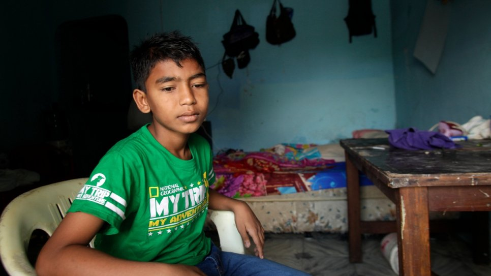"""We always had to hide on the way to school,"" Yasin recalls. ""If we said we were Muslim, they would beat us."" [for translation]"